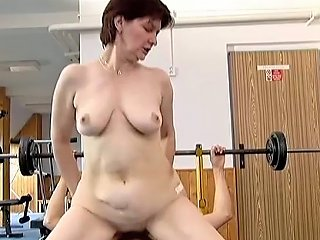 Claire Gets Mouth Fucked And Enjoys Multiposition Banging On The Floor