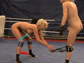 Busty Fair Haired Babes Present Nice Nude Fighting And Cunnilingus On Boxing Ring