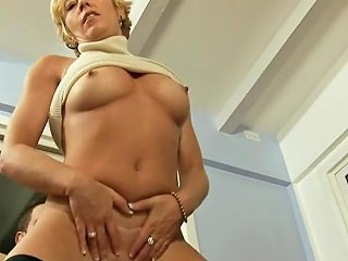 Guy Wants To Lick Her Wet Pussy Even If Its A Grandma Txxx Com