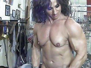 Annie Rivieccio Nude Female Bodybuilder In The Gym Porn 2d