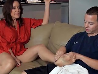 Today Is The Day When My Mother Gets A Good Sex And Yoga Lesson Show 148 Porn Videos