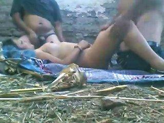 Hot Amateur Indian Fmm...