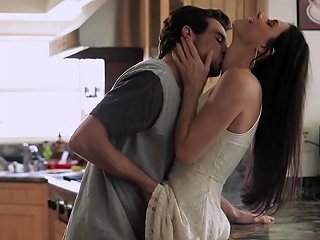 Morning Sex On The Kitchen Table With India Summer