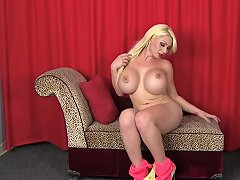Blondasse Aux Gros Nibards Free Shemale Porn A9 Xhamster