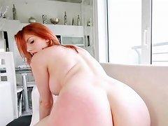 Booty Ass Curvy Teen Babe Facialized