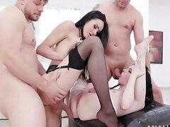 Anna De Ville With Ts Kimberlee Pissing Group Sex